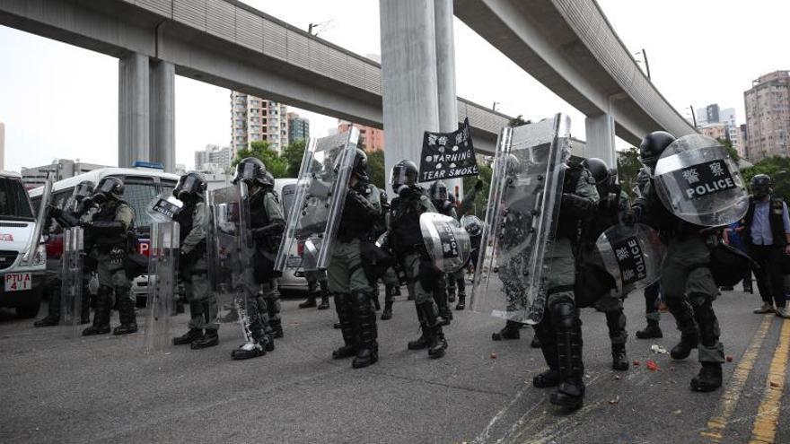 Miles de personas desoyen la prohibición policial en una nueva protesta en Hong Kong