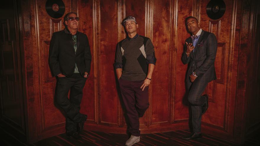 Componentes de la banda cubana 'Orishas'.