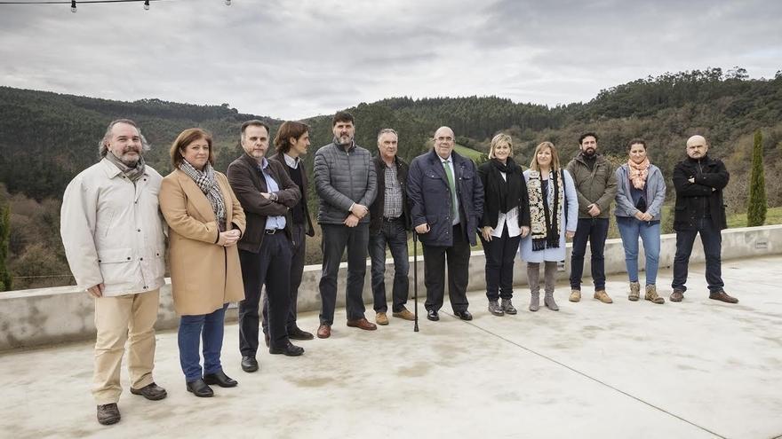 """En vigor la declaración del Área de Especial Interés Cuevas del Pendo-Peñajorao, que será un """"pilar"""" turístico"""