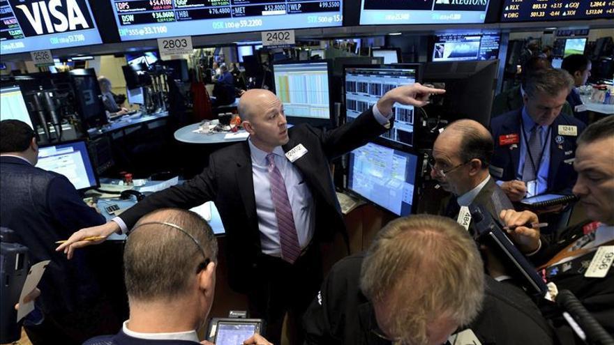 Wall Street abre sin rumbo claro y el Dow Jones cede un 0,12 por ciento