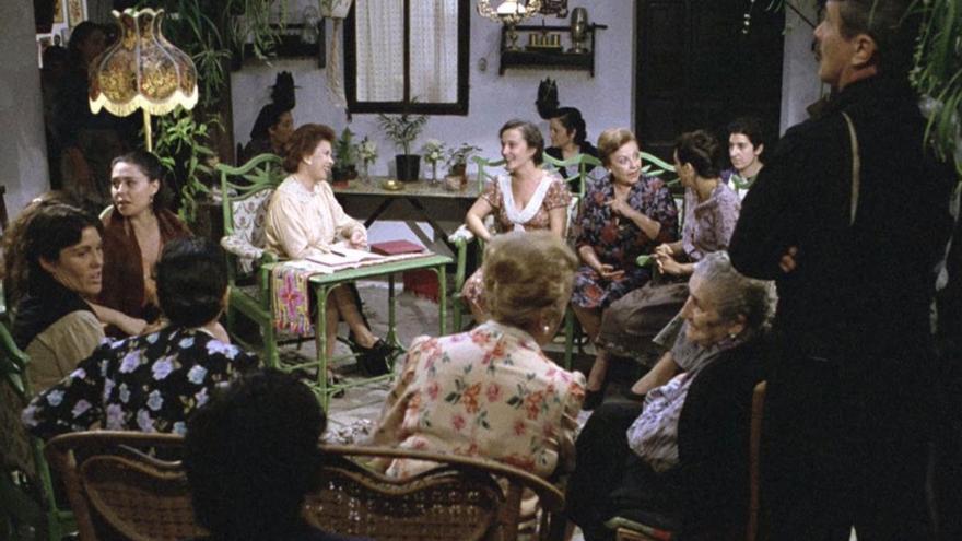Asamblea de mujeres en 'Amanece, que no es poco'