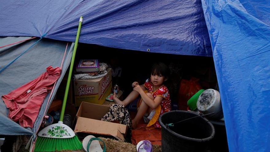 Prosiguen los trabajos de auxilio en Lombok pese al temor a las replicas