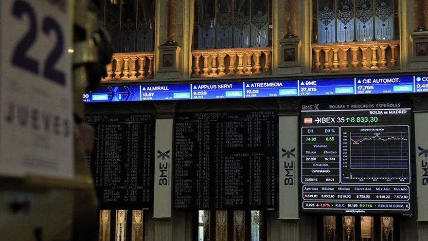 La Bolsa española recupera los 8.900 puntos al subir el 1,75 por ciento a mediodía