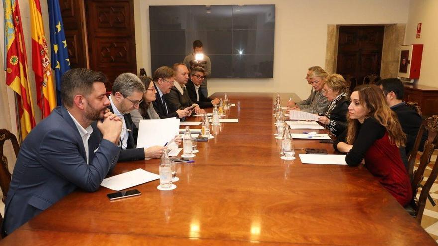 El president de la Generalitat en la reunión de la mesa interdepartamental de coordinación frente al coronavirus.