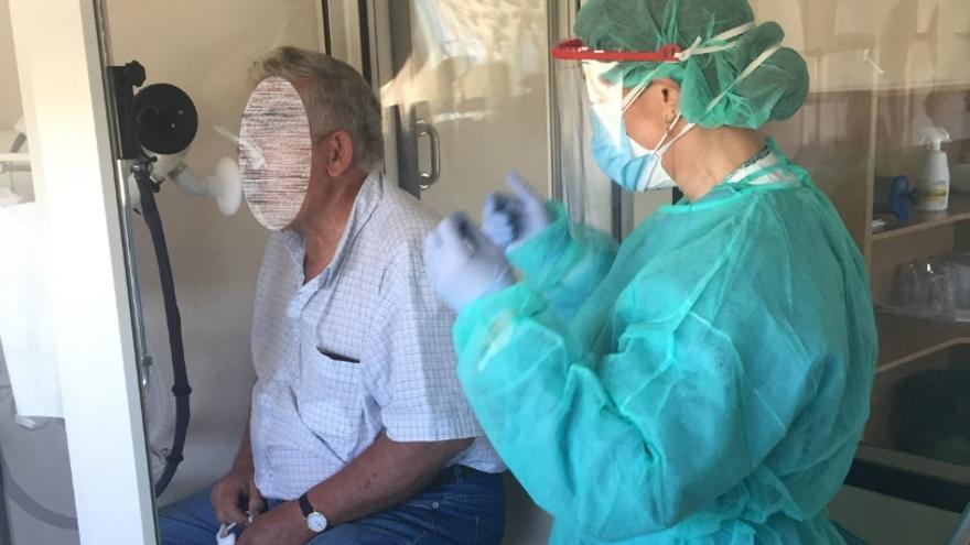 Las áreas de salud de Badajoz y Cáceres ponen en marcha consultas monográficas para el seguimiento de pacientes que han estado ingresados con COVID-19