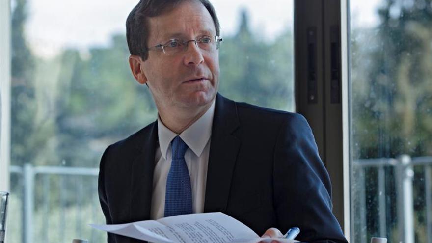 Líder de la oposición israelí Herzog, se queda fuera en primarias laboristas