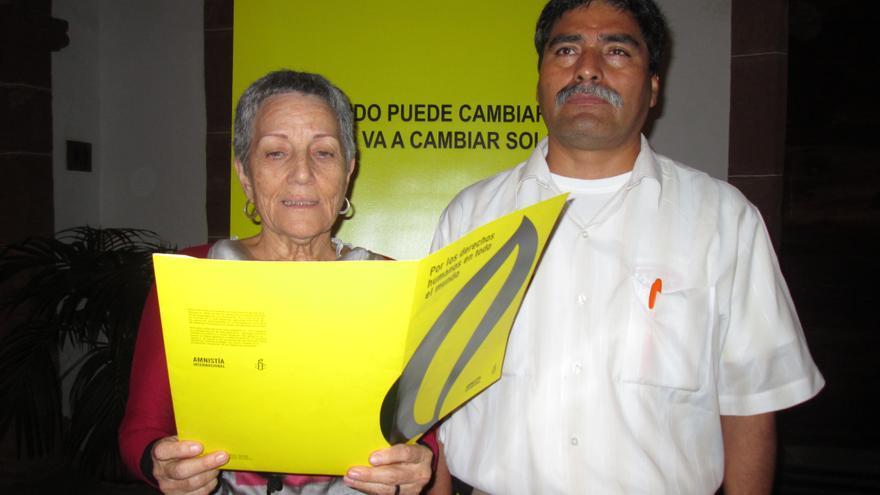 Montserrat Román y Juan Sosa Maldonado, este viernes. Foto: LUZ RODRÍGUEZ