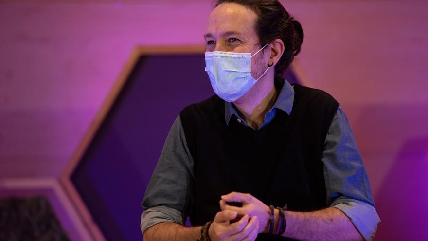El secretario general de Podemos y vicepresidente segundo del Gobierno, Pablo Iglesias, durante el acto central de campaña de En Comú Podem para las elecciones catalanas, en Santa Coloma de Gramanet, Barcelona, Catalunya (España), a 6 de febrero de 2021.