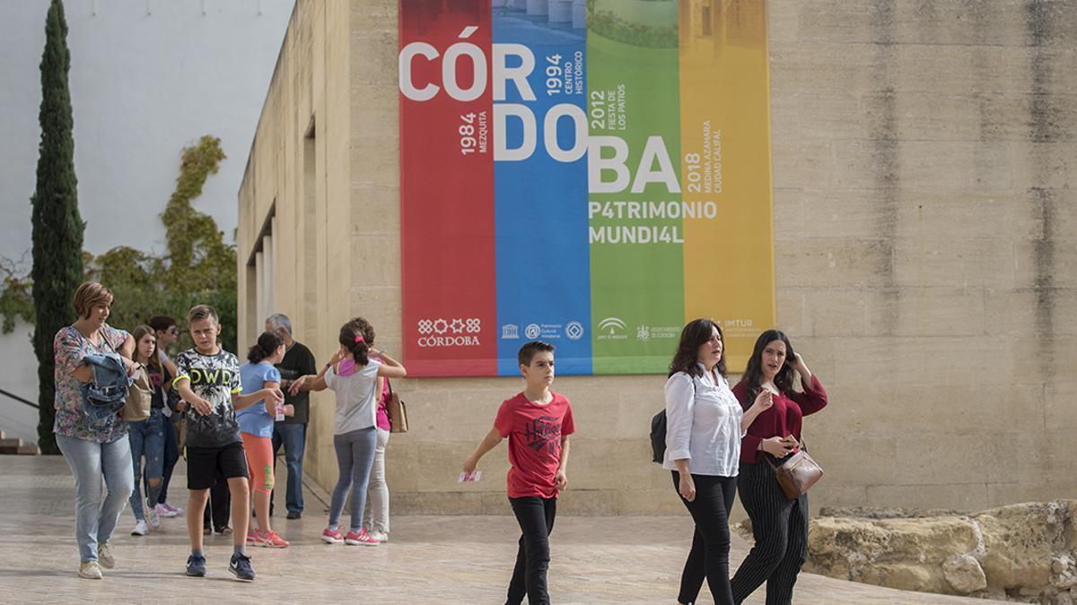 Turistas en el Casco Histórico de Córdoba.