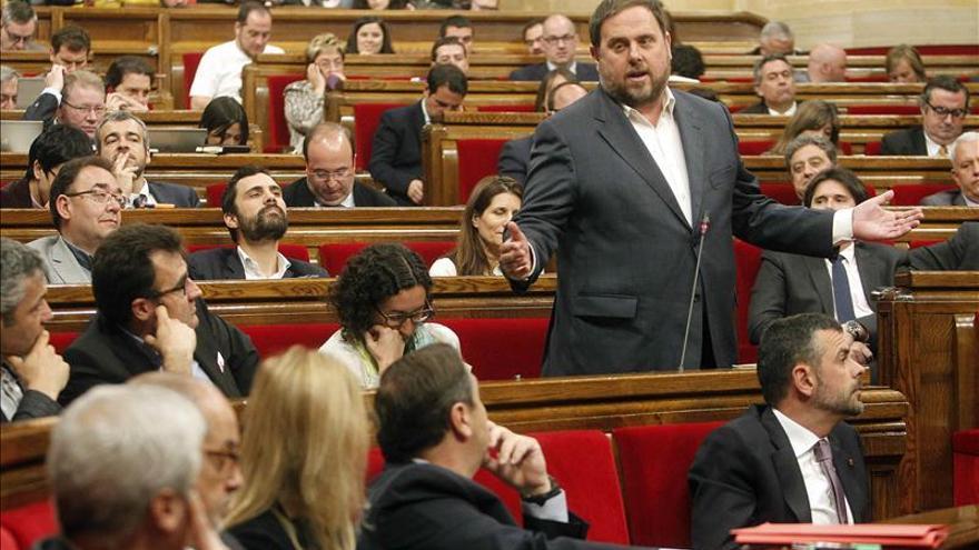 Junqueras dice a Mas que los candidatos ERC no hacen manifiestos contra el proceso