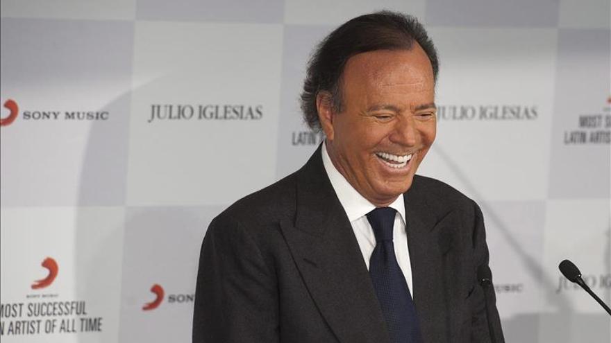 """Julio Iglesias, nombrado Hijo Predilecto de Madrid por su """"brillante"""" carrera"""