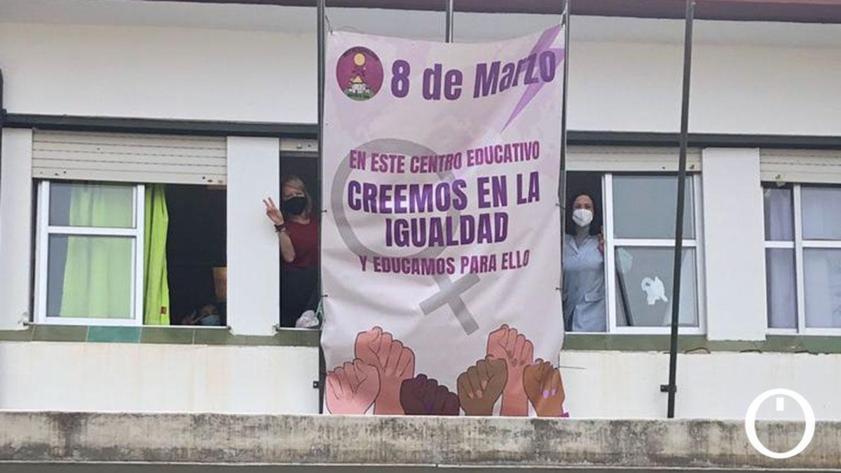 Pancantas del 8M en los colegios del Distrito Sur de Córdoba