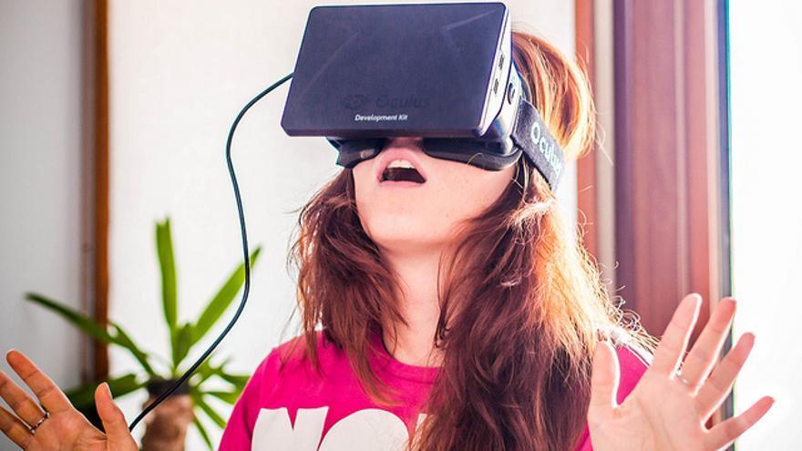 ¿Qué tienen en común las Oculus Rift, Google Glass y un dron? Simplemente, porno