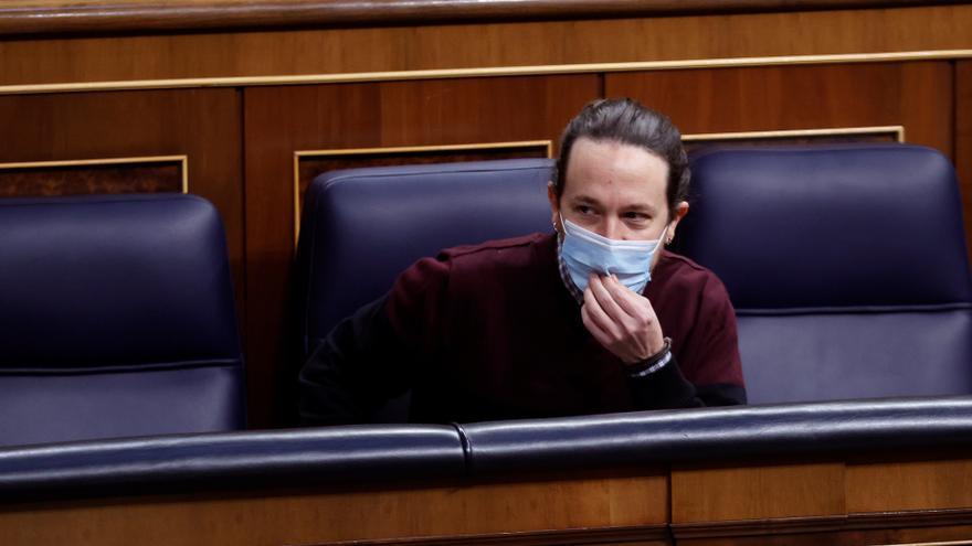 Iglesias ficha a un taxista para su lista electoral en Madrid