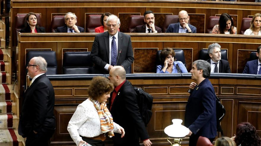 Los diputados de ERC abandonan el Congreso de los Diputados tras la expulsión de Gabriel Rufián