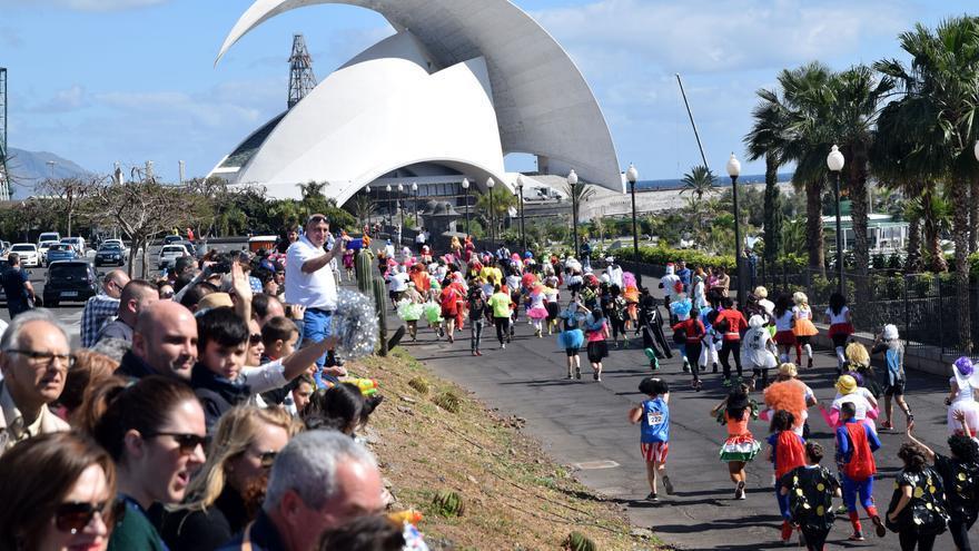 La singular prueba deportiva congregó a numerosos participantes y a muchos espectadores que disfrutaron de la original iniciativa.