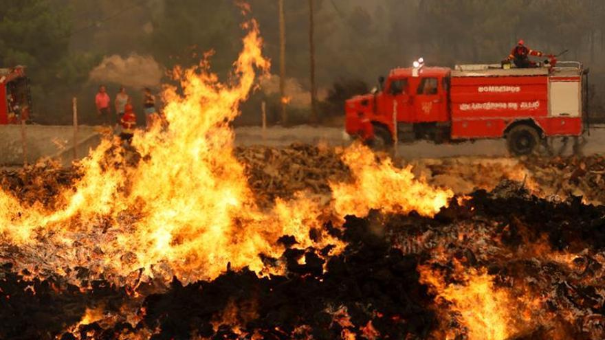 Aumenta la preocupación por el incendio en el norte de Portugal