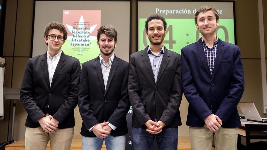 Alfonso Urrizburu, Íñigo de Carlos, Marcos Ndlovu y Jesús Vidán ganan la XIV Liga de Debate Universitario de la UPNA