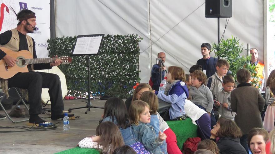 Yo Soy Ratón, actuando en el Festival Malakids