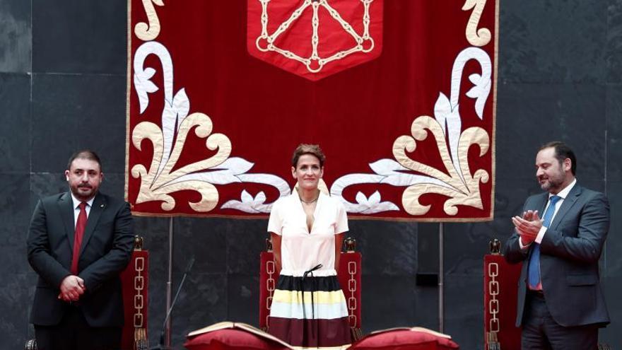 Chivite toma posesión como novena presidenta del Gobierno de Navarra