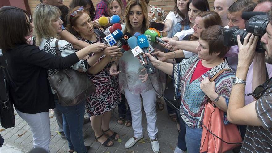 Los socialistas caen en las grandes capitales, pero podrían recuperar Sevilla