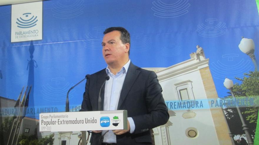 """El PP insiste en que Monago """"ha demostrado documentalmente"""" la """"verdad"""" sobre sus viajes a Canarias"""
