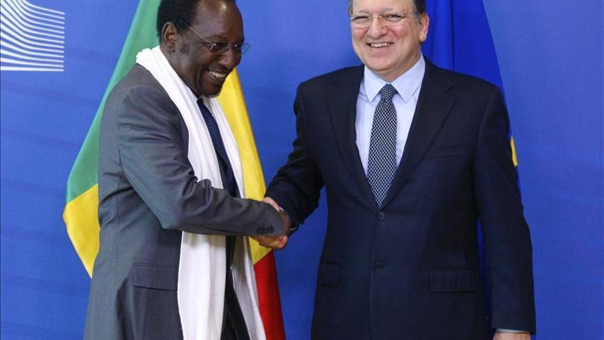 La UE y Francia reúnen donantes internacionales en busca de fondos para Mali