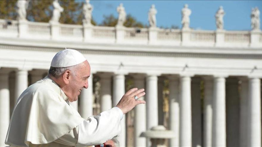El papa Francisco partió de Roma hacia Estrasburgo