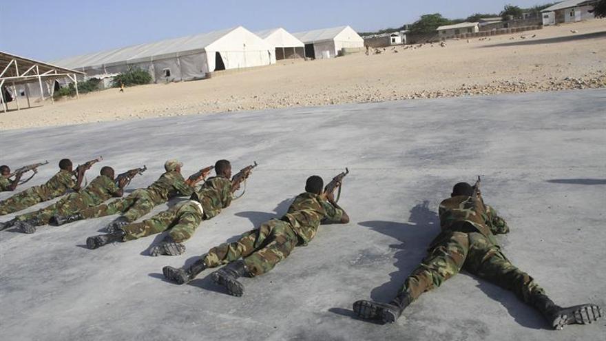 El ejército keniano dice haber matado a 57 yihadistas de Al Shabab en Somalia