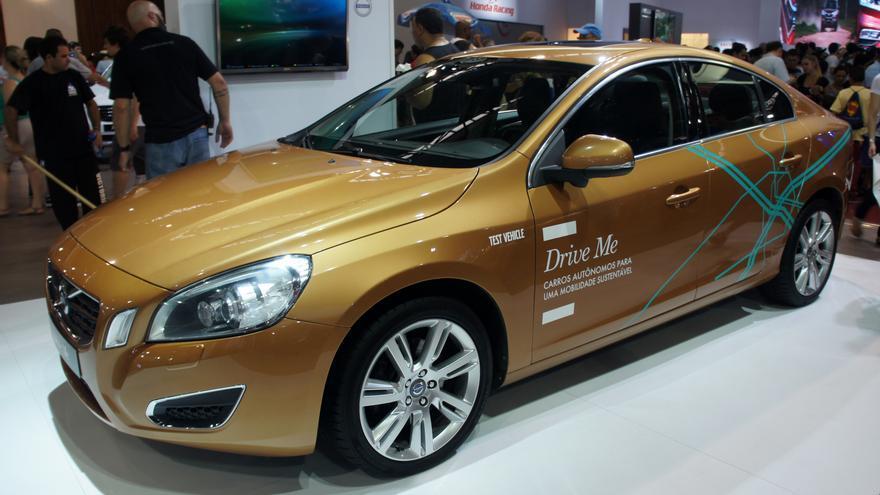 Volvo desea probar su coche autónomo en la calle en 2017.