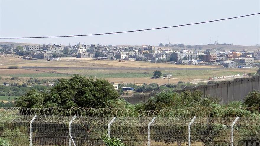 Fuerzas aéreas israelíes bombardean posiciones de Hamás en respuesta a un cohete