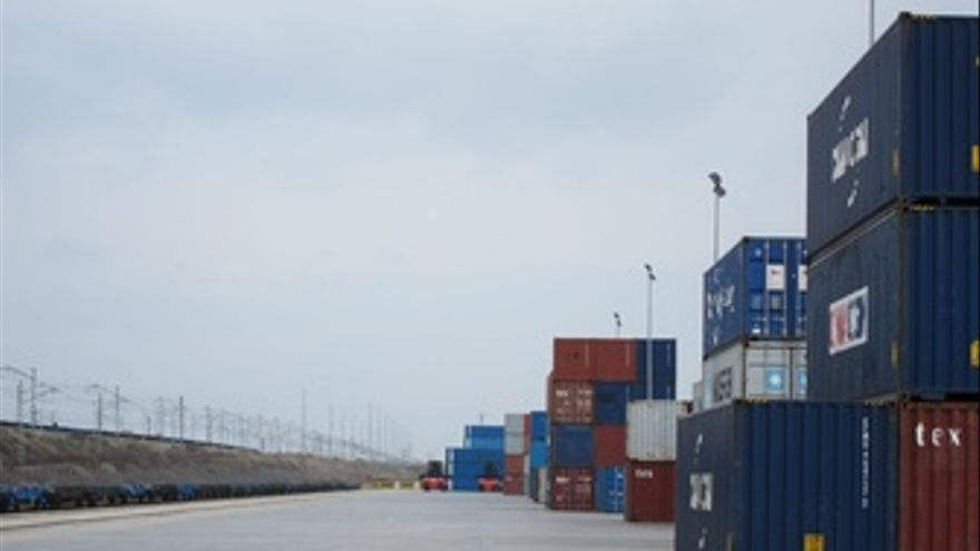Terminal marítima contenedores