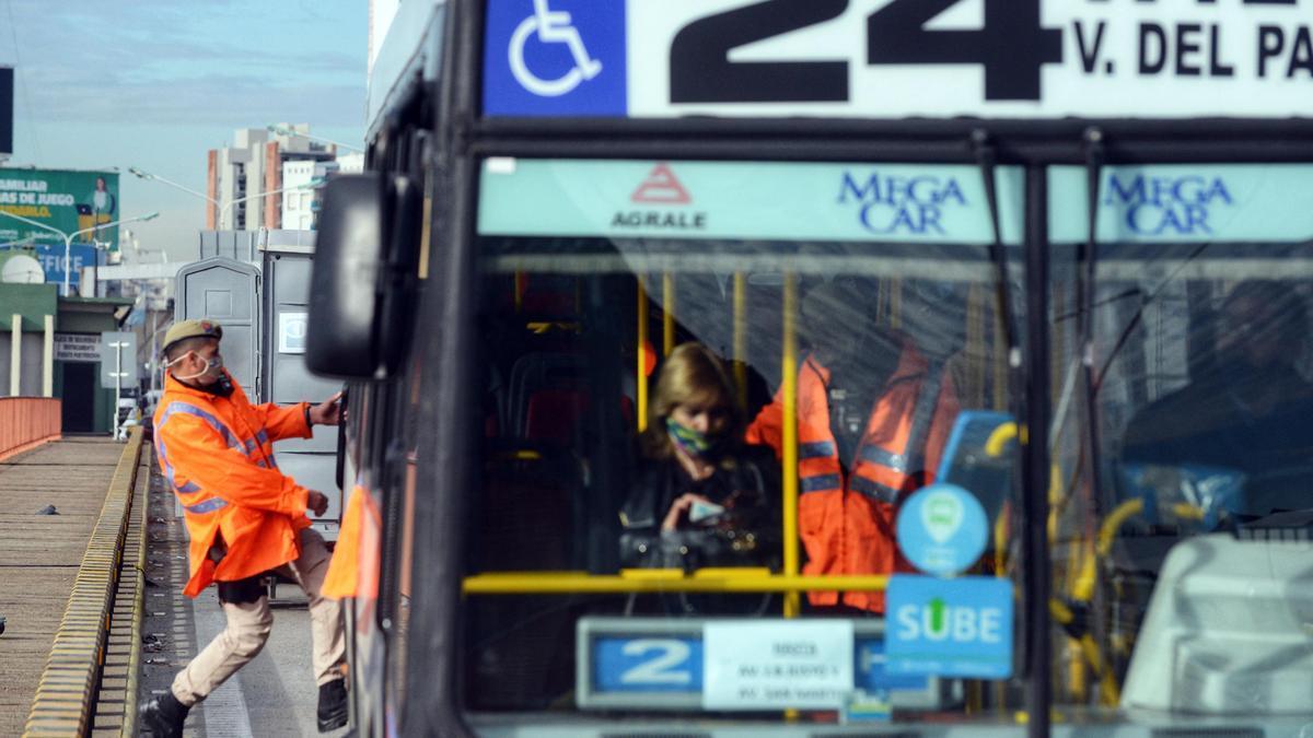 El fin de semana (sábado y domingo) sólo utilizaron el transporte público un 29 por ciento de personas.