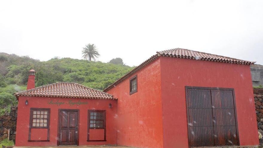 En la imagen, exterior de la bodega Tagalguén, en Garafía.