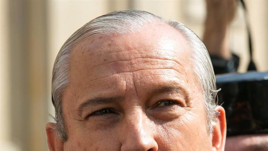 El Tribunal Militar archiva recurso contra Fernández de Mesa por revelar secreto