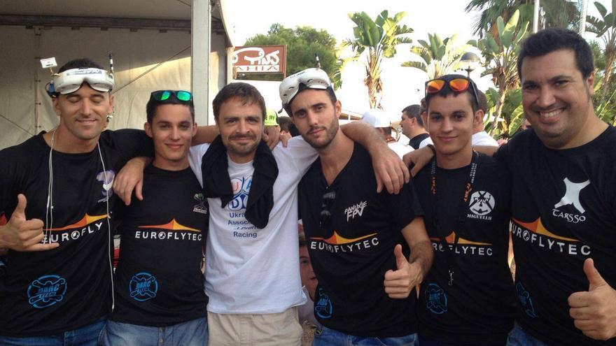 Los integrantes del equipo Spain Drone Team (antes Darc Team)