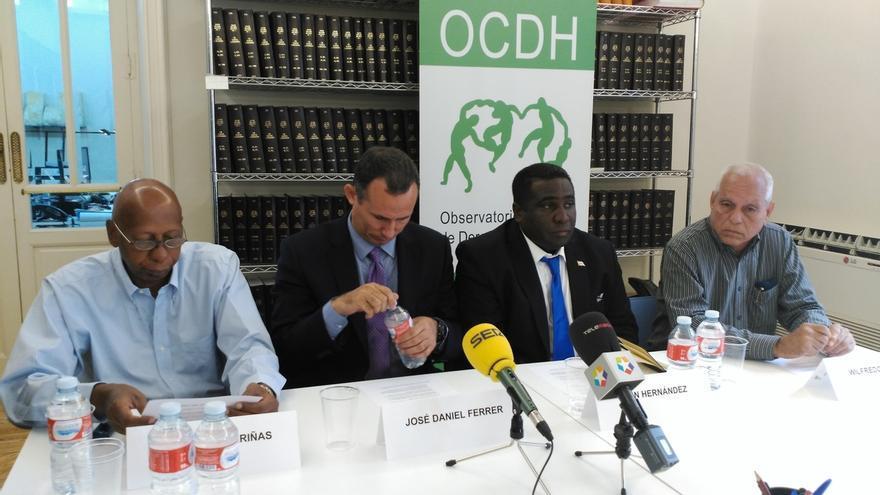 """Observatorio Cubano de DDHH acusa a la UE de negociar con La Habana """"a espaldas"""" de los cubanos"""
