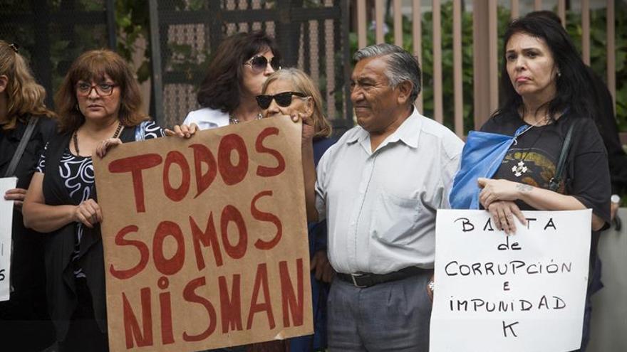 La comunidad judía argentina pedirá reabrir la denuncia de Nisman contra Fernández