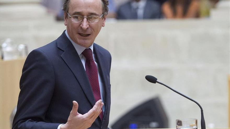 Alonso no ve razones para votos díscolos en el PP sobre la reforma del aborto