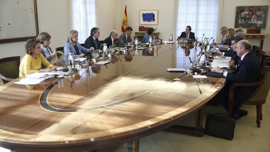 El BOE publica que Rajoy asume la presidencia de Cataluña y sus ministros el resto de las carteras