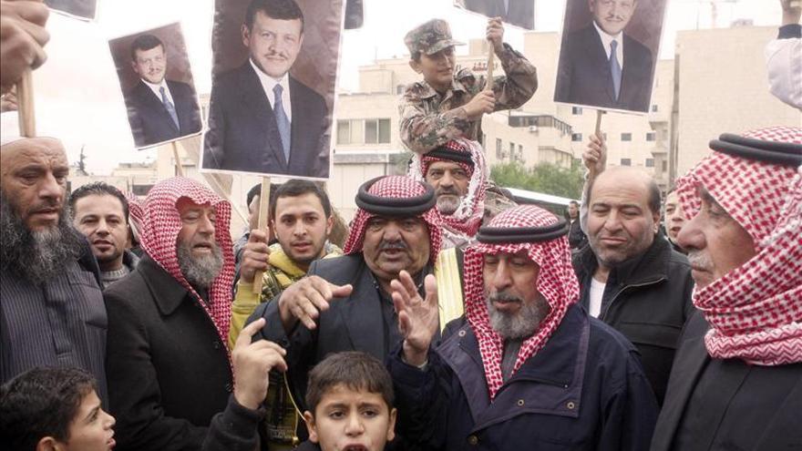 El primer ministro jordano presenta su dimisión al rey tras las elecciones