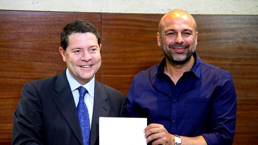 Firma del acuerdo entre PSOE y Podemos en Castilla-La Mancha / Foto: PSOE