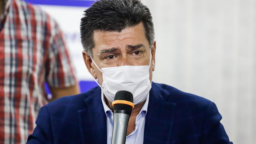 """Jefe opositor paraguayo acusa a Abdo Benítez de ceder ante la """"mafia"""""""