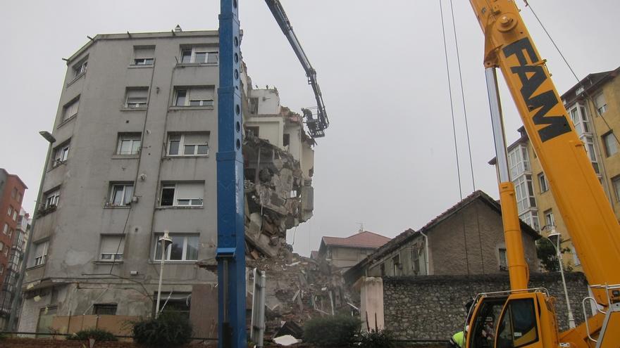 Cinco de familias del edificio derrumbado de la calle del Sol volverán a sus casas entre hoy y el lunes