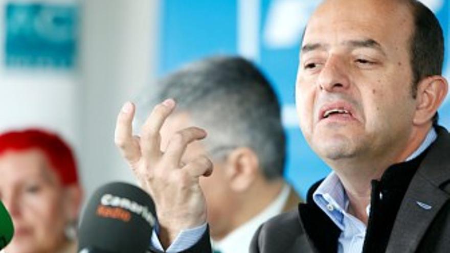 Juan José Cardona, en su encuentro con los medios. (ACFI PRESS)