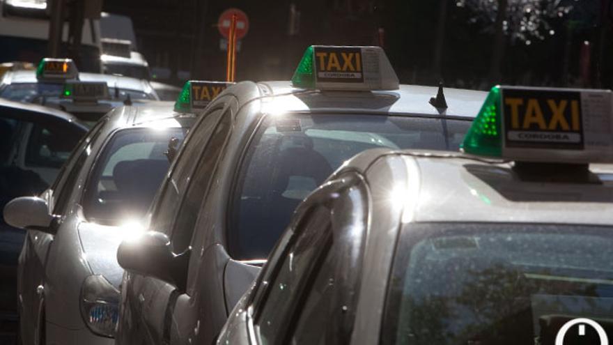 Taxistas de Córdoba.   MADERO CUBERO