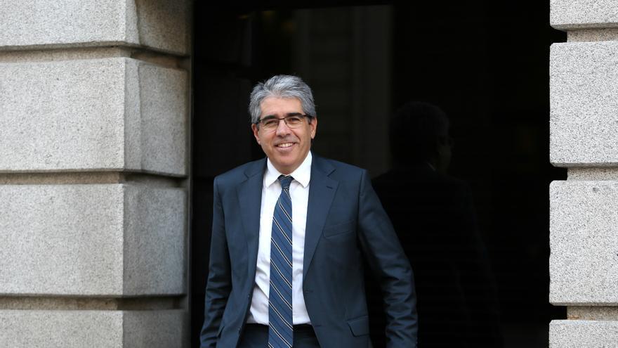 Francesc Homs a la salida del Congreso de los Diputados.