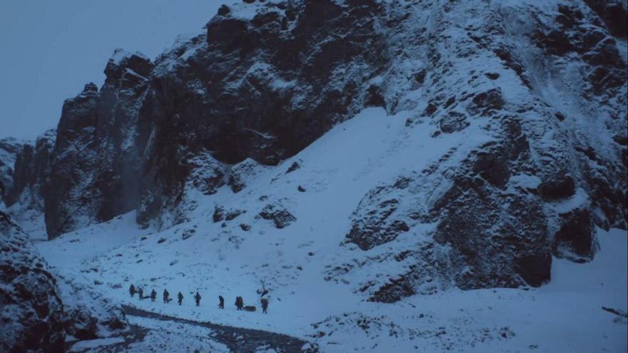 El capítulo 'Más allá del muro' nos deleita con planos dignos de un documental