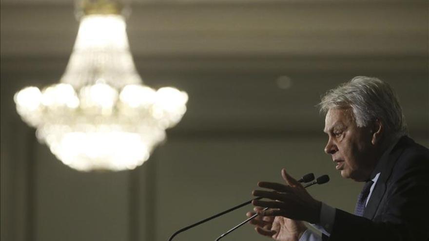 González critica a Mas por dar legitimidad a la independencia por un sólo escaño