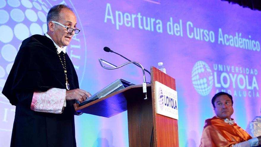 El rector de Loyola Andalucía, Pérez Alcalá, en la inauguración del curso.